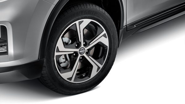 "ALLOY WHEELS (17"" FLOW) Recommended Fitted Price: $2,373.00"